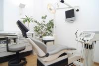 zahnärtliches Behandlungszimmer 2
